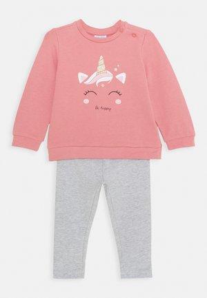 SET - Sweater - foxglove