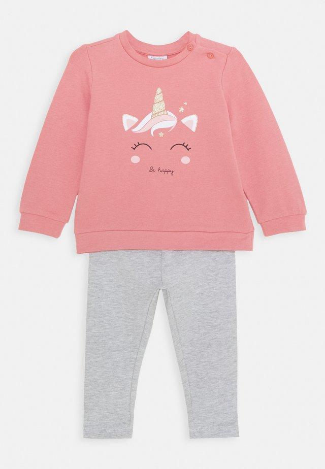 SET - Sweatshirt - foxglove