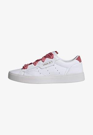 SLEEK CLASSIC SHOES - Sneakers basse - white