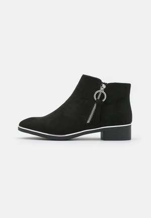 WIDE FIT DAFFODILLA - Ankle boots - black