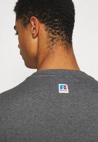 BOSS - BOSS X RUSSELL ATHLETIC - T-Shirt print - medium grey - 3