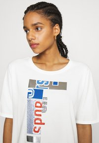 Marc Cain - Print T-shirt - white - 3