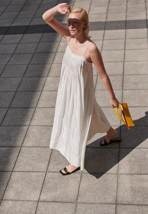 PENCIL BAG - Handbag - golden yellow