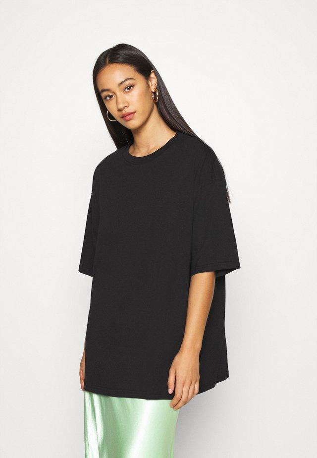 CISSI TEE  - Print T-shirt - black