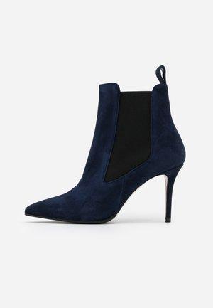 LUISA  - Kotníková obuv na vysokém podpatku - night shade