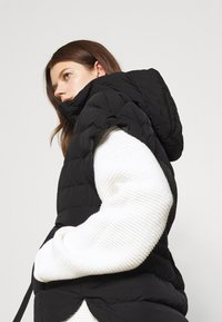 Marella - AULLA - Light jacket - nero - 5