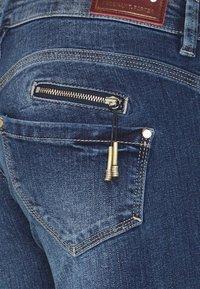 Freeman T. Porter - ALEXA CROPPED - Jeans Skinny Fit - madera - 5