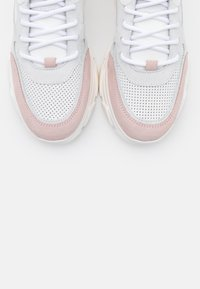 Steve Madden - PITTY - Zapatillas - white/pink - 5