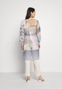 Cream - LADY KIMONO - Lett jakke - coronet blue - 2