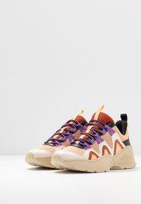 Monki - VEGAN SONIA - Sneakers - beige/lilac - 4