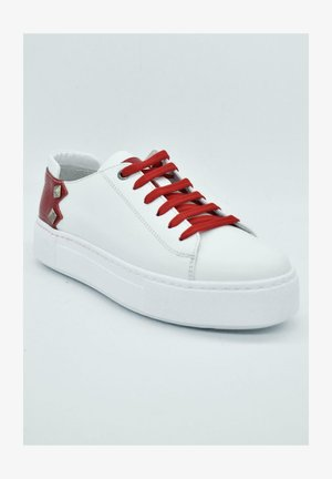 HAND MADE GENUINE - Trainers - hell white