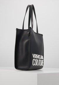 Versace Jeans Couture - MACRO LOGO - Sac à main - black - 4