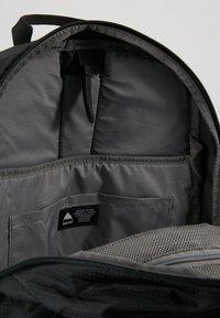 Burton - DAYHIKER 25L              - Backpack - true black - 4