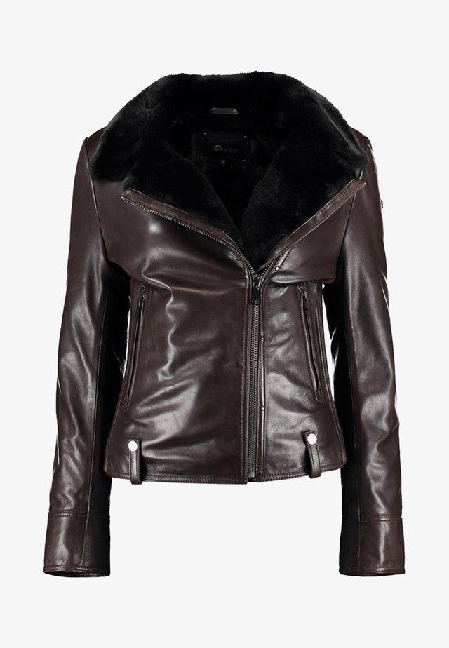 MIT KUNSTFELLEINSATZ UND AUßENTASCHEN - Leather jacket - dark brown