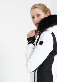 Superdry - SLEEK PISTE SKI JACKET - Ski jacket - white - 6