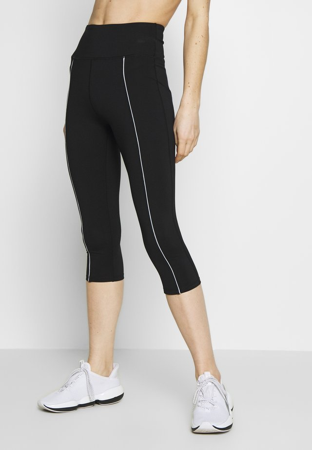 EXCLUSIVE CROPPED LEGGINGS WITH REFLECTIVE STRIPS - Pantalon 3/4 de sport - black