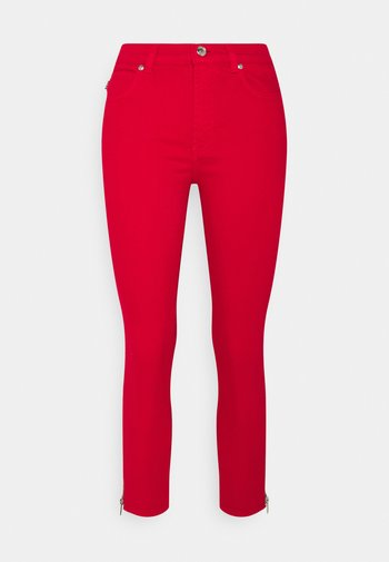 CHARLIE CROPPED - Jeans Skinny Fit - red