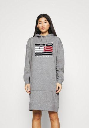 REGULAR FLAG HOODIE DRESS - Day dress - light grey heather