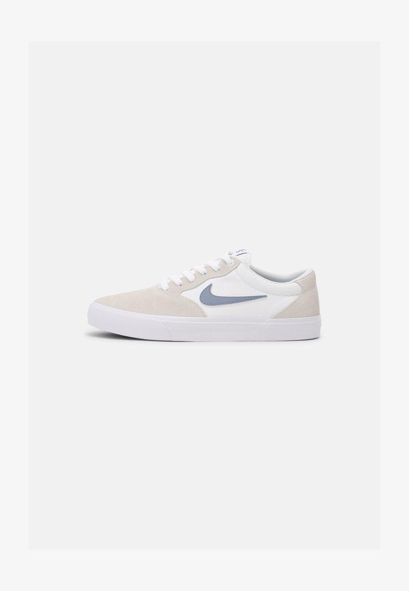 Nike SB - NIKE CHRON - Trainers - white/off-white