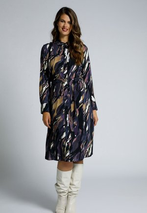 MARMORDRUCK, KNOPFLEISTE, LANGARM - Shirt dress - tiefes violet