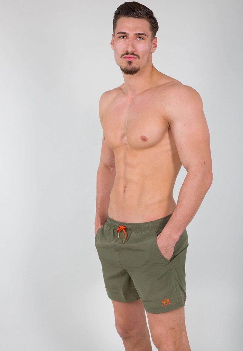Alpha Industries - Swimming shorts - dark olive