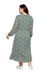 Sheego - Korte jurk - eukalyptus bedruckt - 2