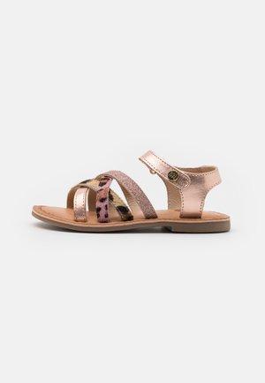 VERONA - Sandály - cobre