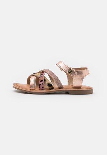 VERONA - Sandals - cobre