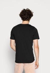 Jack & Jones - JJEPLAIN  - T-shirt basic - black - 2