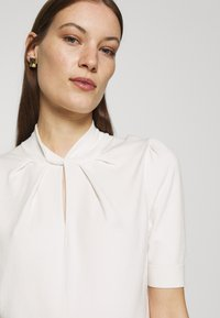 Ted Baker - GRAYCIA - T-shirt print - white - 5