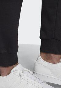 adidas Originals - BX-20 SWEAT JOGGERS - Tracksuit bottoms - black - 5