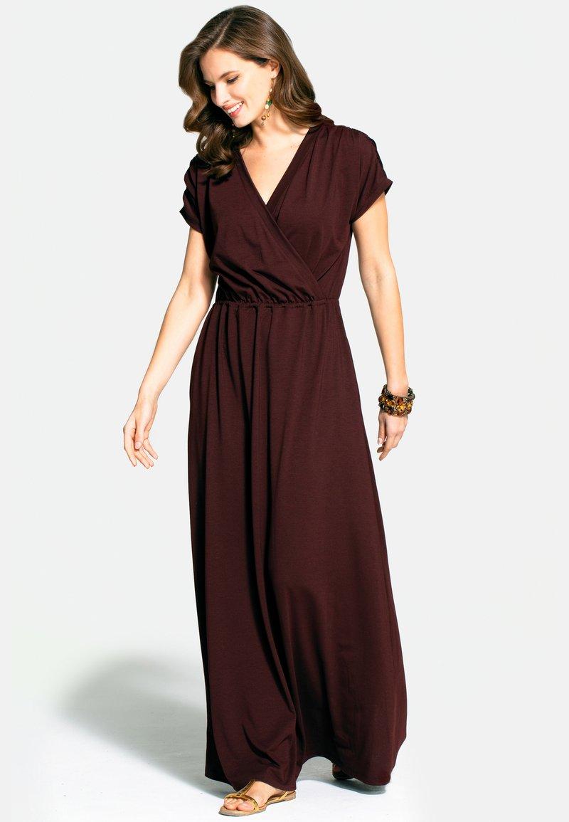 HotSquash - Maxi dress - chocolate