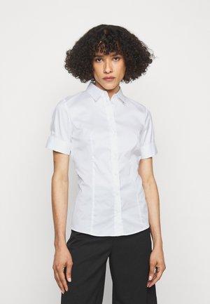 ESHILA - Skjorte - white