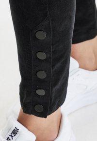 Dranella - DRFEDORA - Slim fit jeans - black - 5