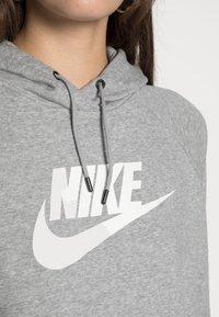 Nike Sportswear - HOODIE - Mikina skapucí - dark grey heather/white - 4