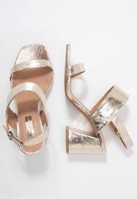 Topshop Wide Fit - WIDE FIT SABRINA BLOCK HEEL - Sandals - gold - 3