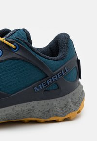 Merrell - ALTALIGHT LOW A/C WTRPF UNISEX - Hiking shoes - polar - 5
