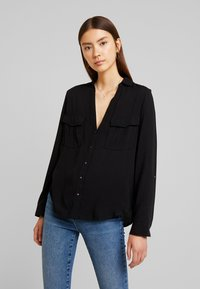 New Look - EARNIE UTILITY PATCH POCKET - Blouse - black - 0