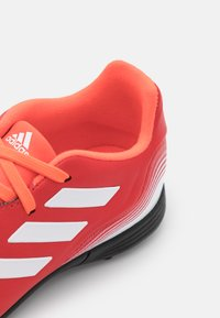 adidas Performance - COPA SENSE.3 TF UNISEX - Kopačky na umělý trávník - red/footwear white/solar red - 5