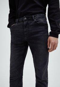 PULL&BEAR - Jeans slim fit - black denim - 3