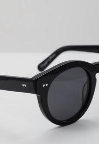CHiMi - Sunglasses - berry black - 4