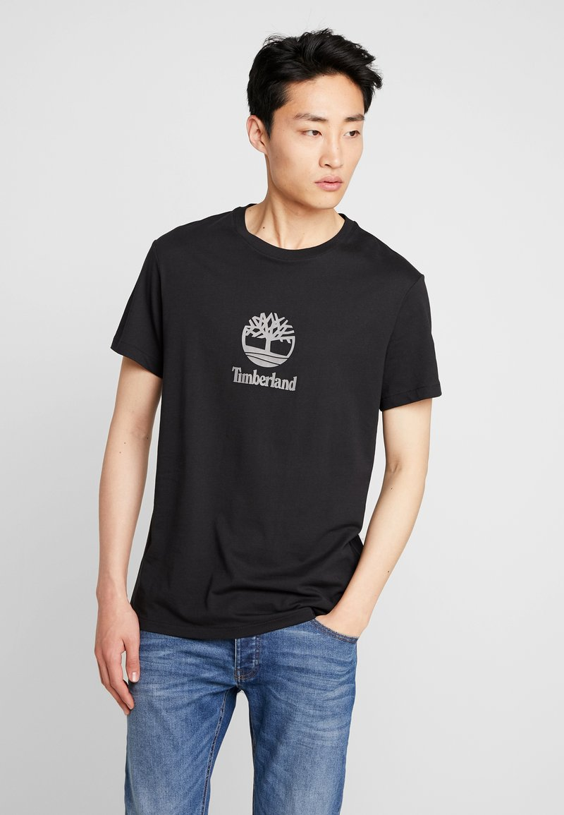 Timberland - STACK LOGO TEE - T-shirt z nadrukiem - black