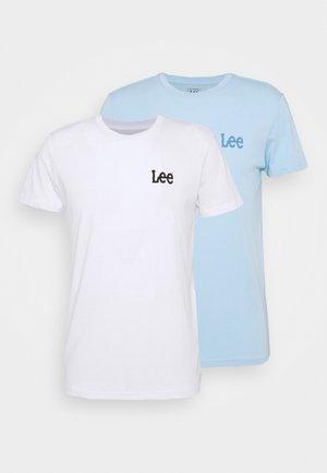 TWIN 2 PACK - T-shirt z nadrukiem - white/sky blue