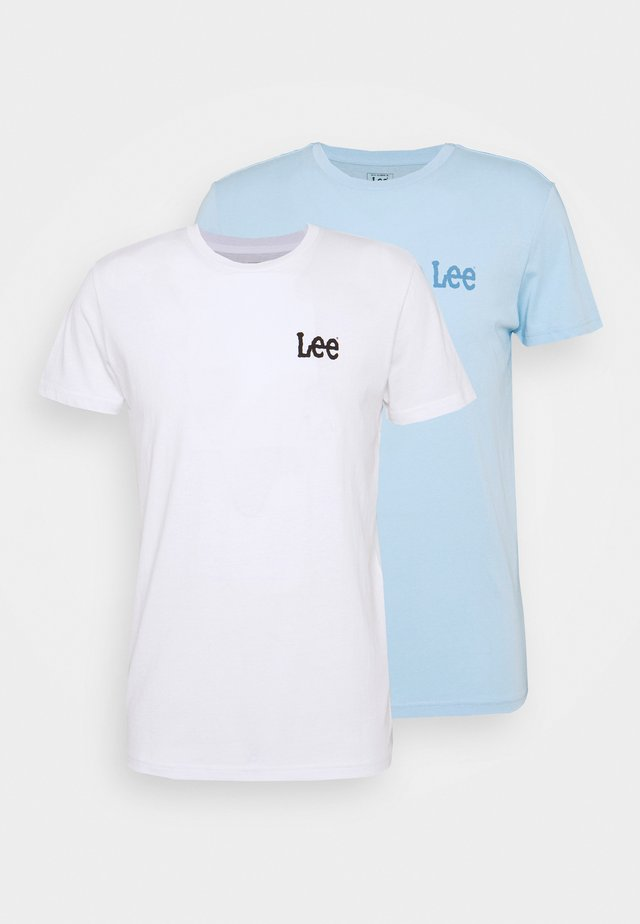 TWIN 2 PACK - T-shirt z nadrukiem - white/sky blue