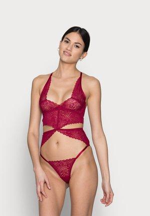 MARILYN - Body - raspberry
