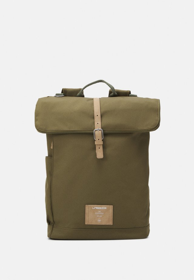 ROLLTOP BACKPACK SET - Rygsække - olive