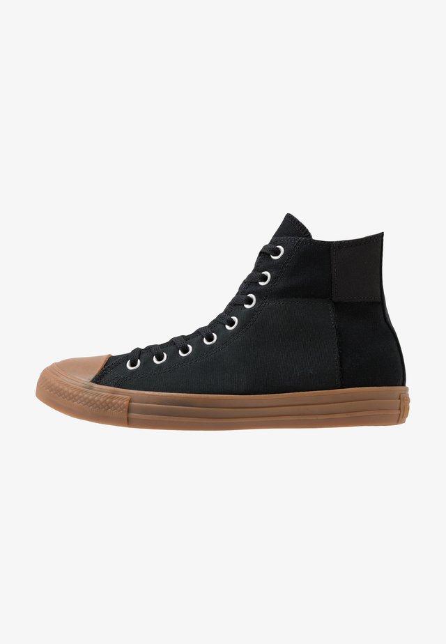 CHUCK TAYLOR ALL STAR - Sneakersy wysokie - black/honey