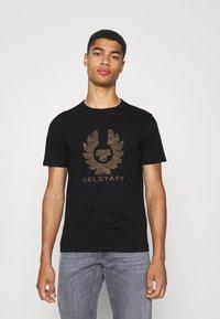 Belstaff - COTELAND - Print T-shirt - black - 0