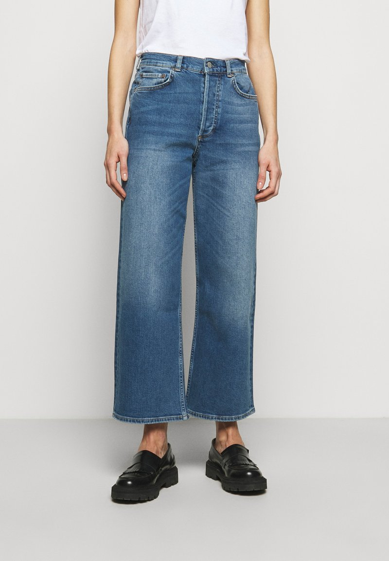 Boyish - MIKEY WIDE LEG - Flared Jeans - bicycle thieves