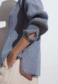 OYSHO - Button-down blouse - dark blue - 3